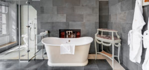 Southernhay House Hotel roll top bath